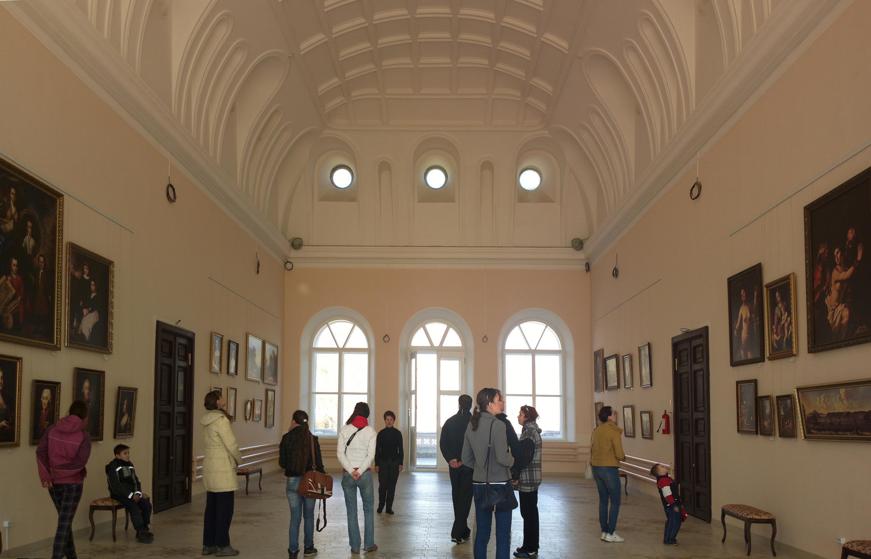 Интерьер Большого зала в Шереметевском замке