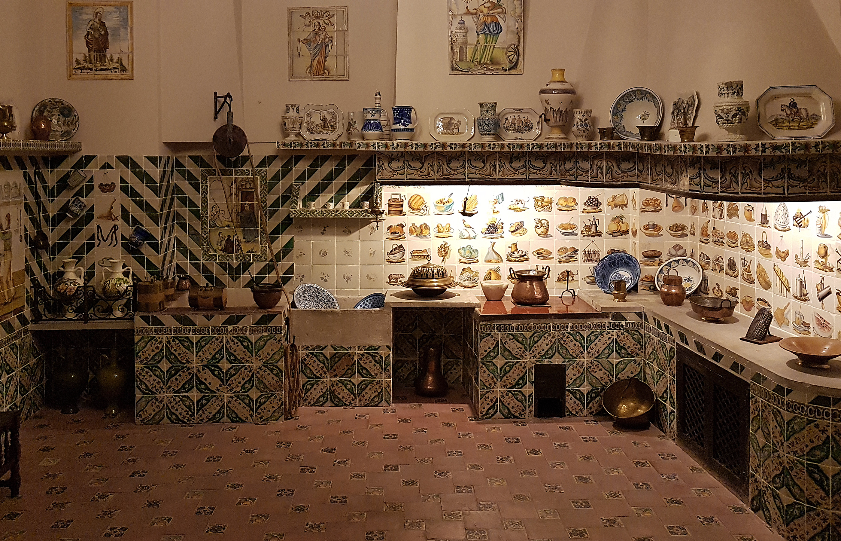 Интерьер традиционной валенсийской кухни