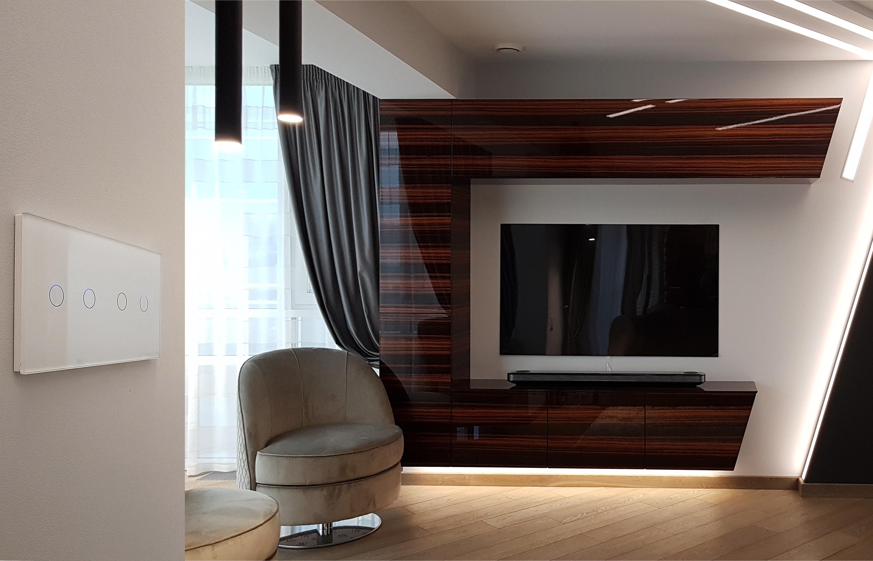 Стеклянный сенсорный выключатель и стиль минимализм созданы друг для друга