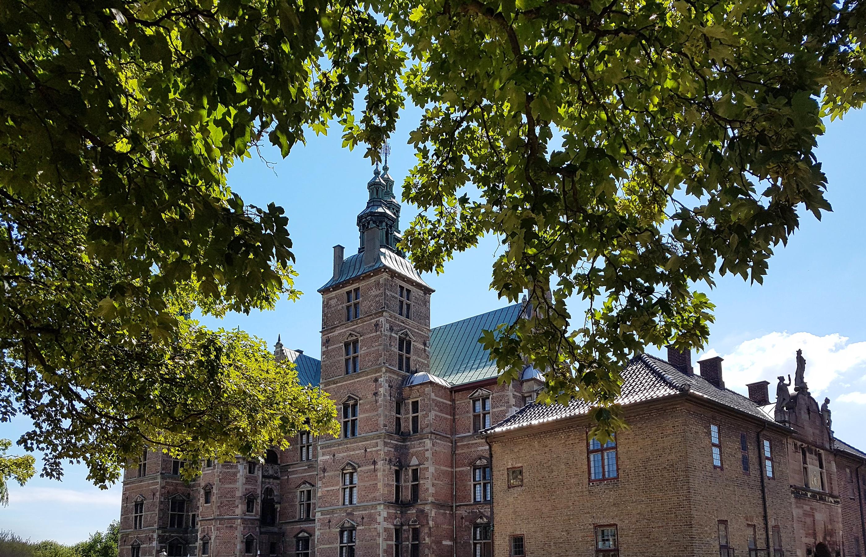 Розенборг (Rosenborg) — бывшая резиденция датских королей